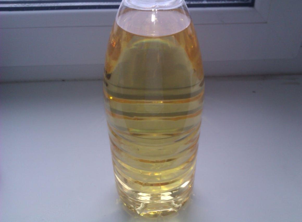 Wie das Benzin mit dem Öl für das Motorrad jawa zu stören
